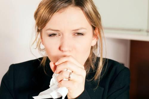 Кашель может быть симптомом поражения органов, не связанных с дыхательной системой.