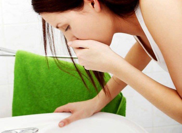 Кашель, сопровождающийся рвотой, практически всегда является признаком серьезных заболеваний.