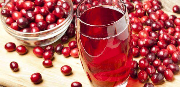 Морсы из настоящих ягод не только отлично утоляют жажду, но и уменьшают воспалительные процессы, насыщают организм витаминами, укрепляют иммунитет.