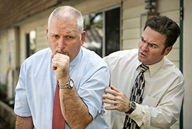 Подавляя гнев, человек может испытать приступ кашля