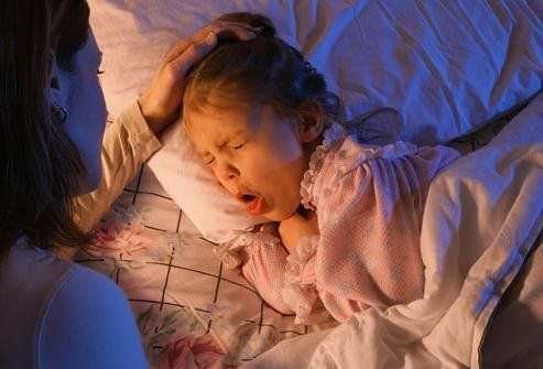 Ребенок кашляет ночью