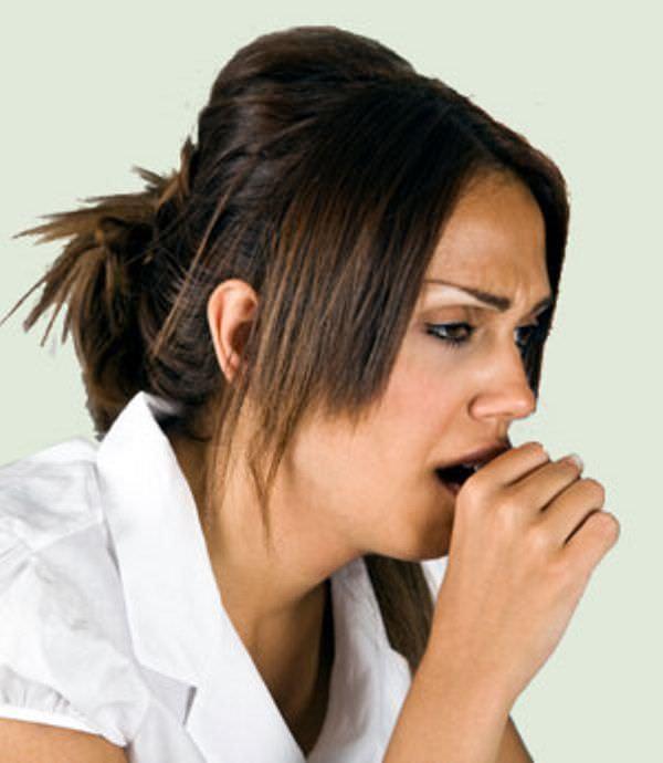 Сухой кашель, народные средства, лечения - данные термины связаны неразрывно, ведь с помощью нетрадиционных методов можно устранить кашель в минимальные сроки.