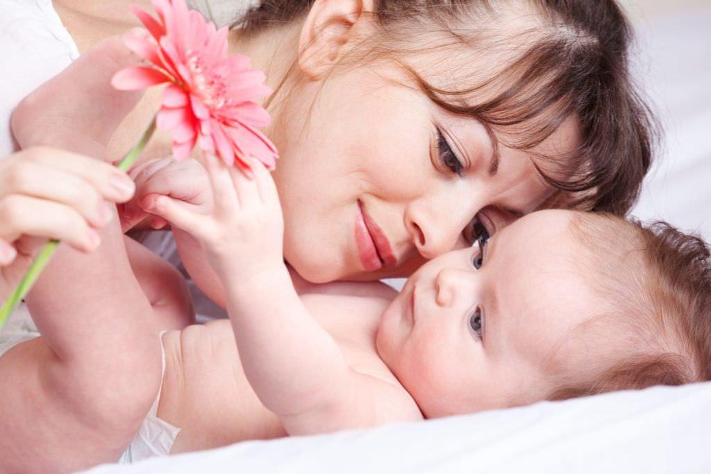 Грудное молоко - лучшая еда для ребенка
