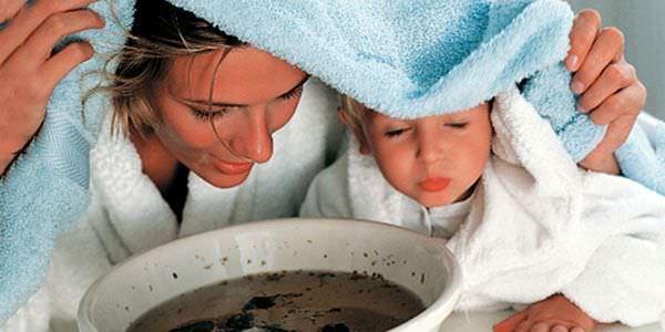 Ингаляции успешно помогают бороться с кашлем как взрослым, так и детям