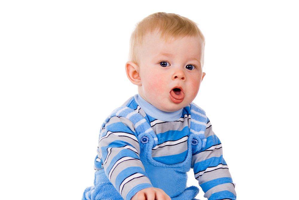 Кашель и хрип у ребенка могут являться симптомом серьезных патологий