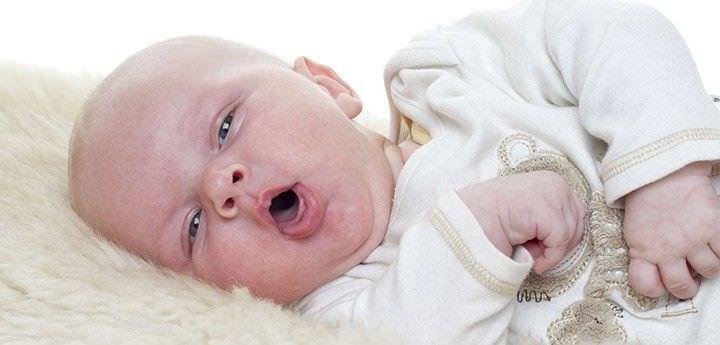 Кашель у новорождённого.