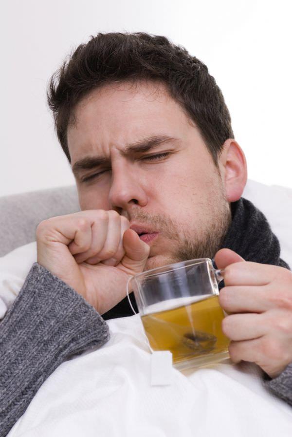 Кашель вызывает неприятные ощущения и ослабляет организм