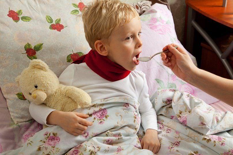 Лечение ребенка стоит начинать при первых же симптомах