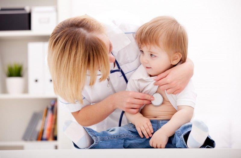 «Может ли пневмония протекать без кашля?», ответ: «Да».