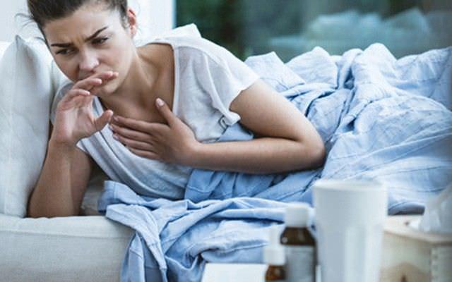 На видео в этой статье хорошо видно какой силы может быть кашель