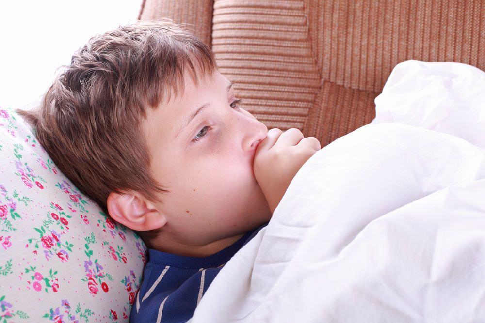 Навязчивый кашель у ребенка