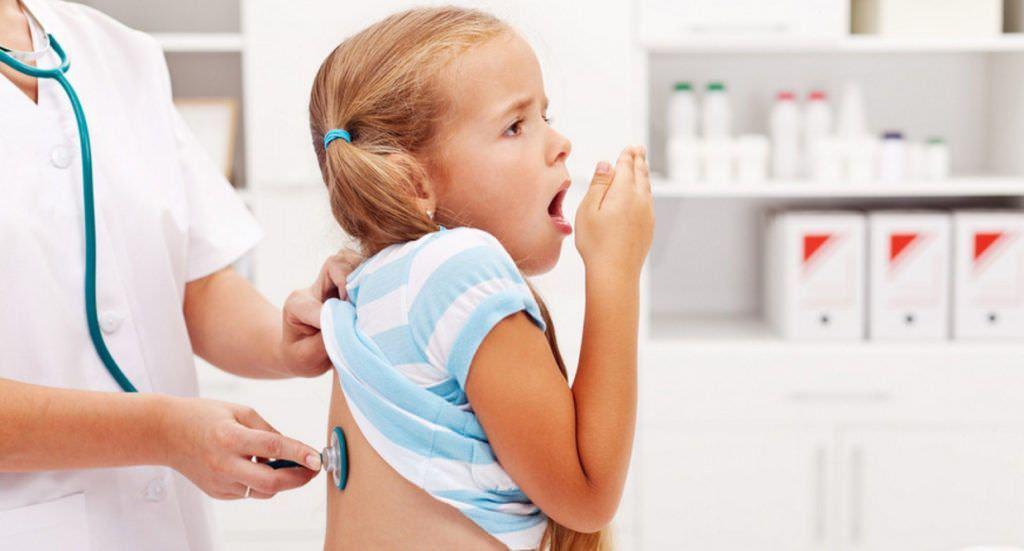 Назначать лечение малышам должен только квалифицированный медицинский специалист!