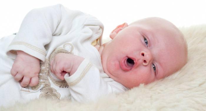 Простудный кашель у ребенка 1 года
