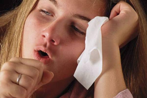 Сочетание кашля и насморка часто встречается у взрослых пациентов