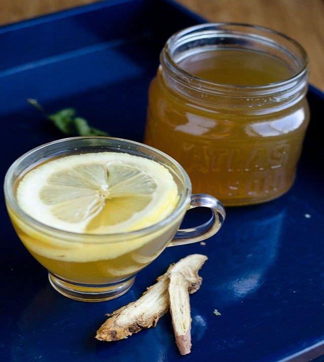 Целебный чай с корнем солодки, медом и лимоном