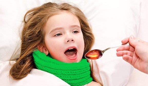 Лекарства, которые даются ребенку, должны быть предназначены для малышей