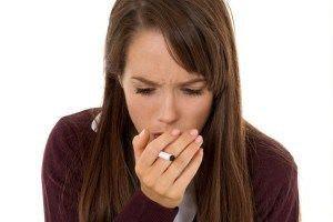 В группе риска, по приобретению длительного кашля, находятся курильщики – как активные, так и пассивные.