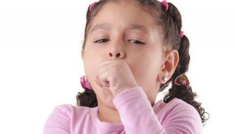 Детский кашель нельзя игнорировать: ребенок обязательно должен быть осмотрен врачом