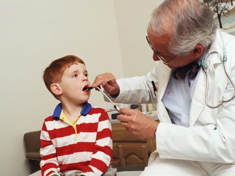 Лечением кашля надо заниматься, соблюдая все инструкции врача