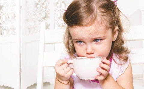 Напитки на основе молока помогут устранить кашель