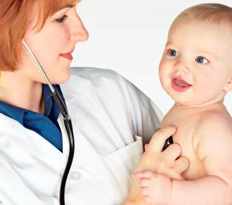 Кашель у малышей стоит лечить с особой осторожностью