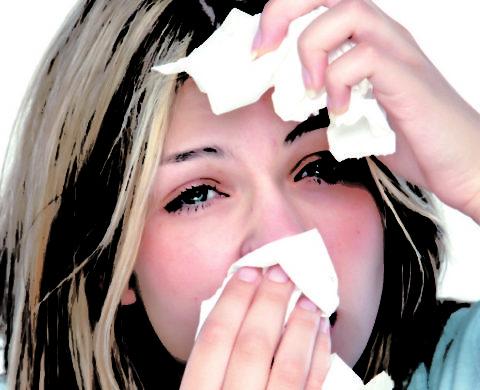 Кашель аллергической природы обычно сочетается с ринитом и конъюнктивитом