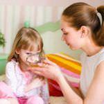 Народные рецепты при лечении маленьких пациентов можно применять только по совету педиатра