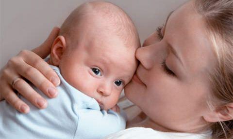 Ребенка в период болезни нужно окружить заботой и любовью