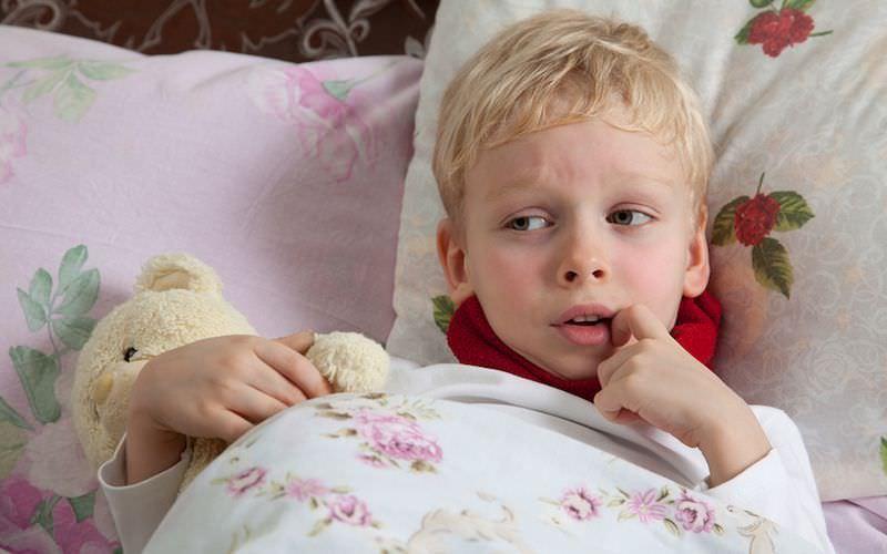 Постельный режим - главный спутник успеха в лечении простудных заболеваний.