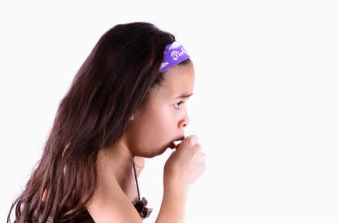 Кашель может беспокоить детей в любом возрасте