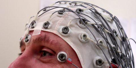 Электроэнцефалография в данном случае - крайне важный метод диагностики